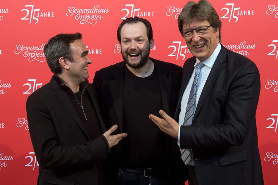 (V.l.n.r.): Gewandhauskomponist Jörg Widmann, der 21. Gewandhauskapellmeister Andris Nelsons und Gewandhausdirektor Andreas Schulz.