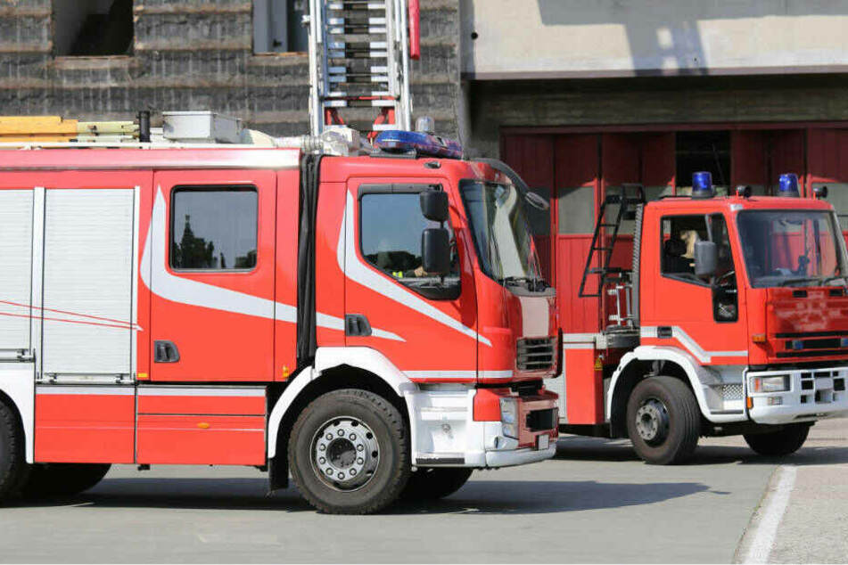 Mann nach Brand tot aufgefunden: Einsturz-Gefahr behindert Ermittlung