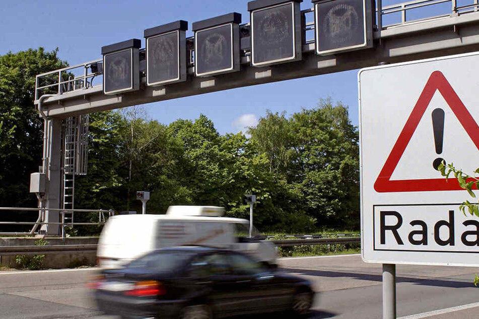 Mieser Blitzer zockt über 400.000 Autofahrer ab