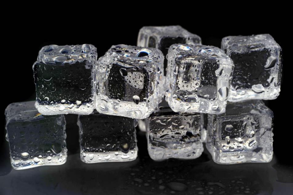 Eis lässt Mückenstiche abschwellen.