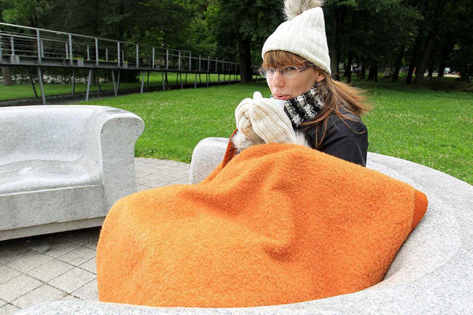 Handschuhe und Mütze sind derzeit eine gute Wahl, wenn man in Sachsen draußen sitzen möchte.