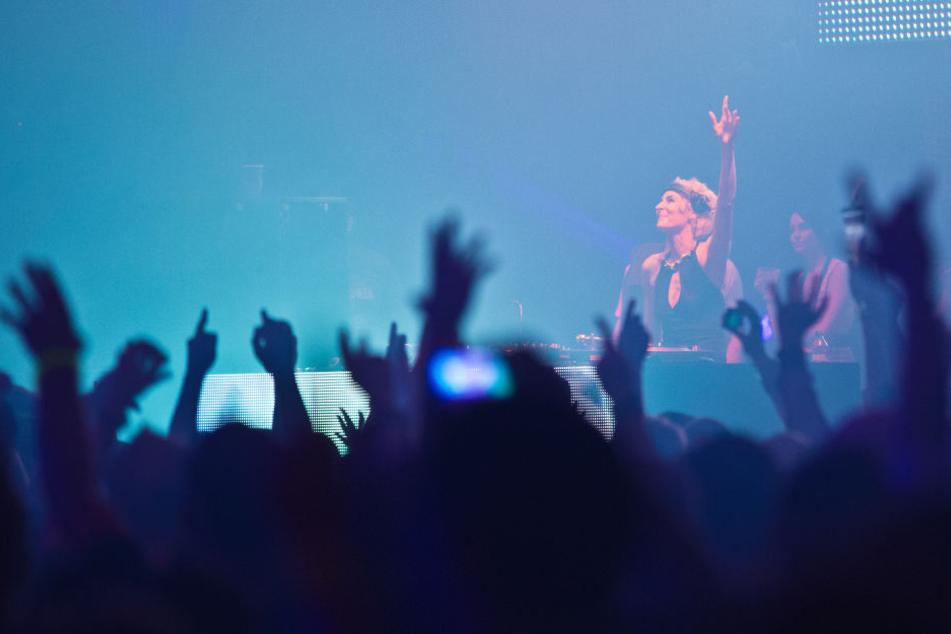 Noch immer verzaubert DJ Marusha die Massen, wie hier beim 3. Berliner Summer Rave 2011.