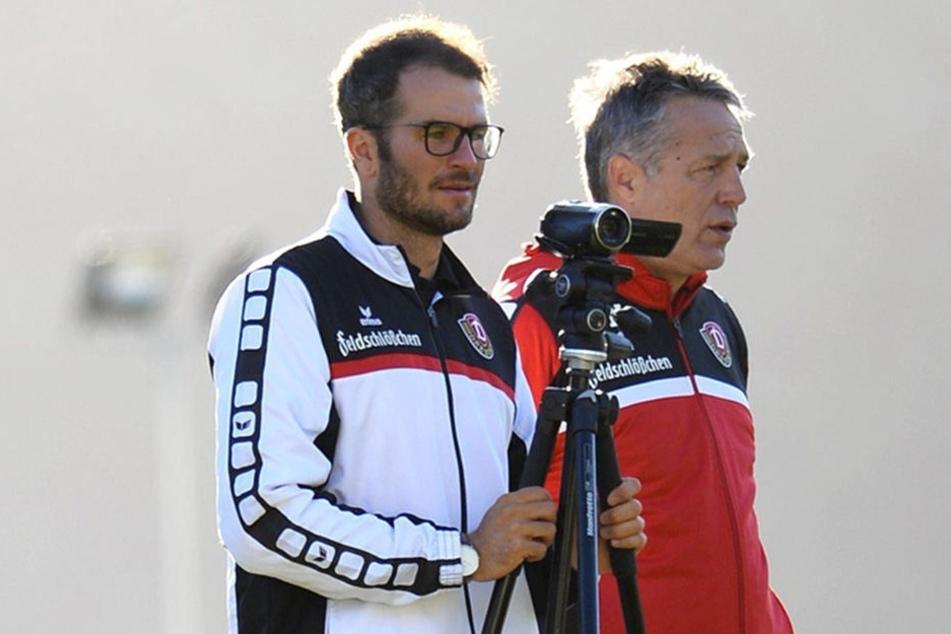 Kristian Walter (li.) mit Trainer Uwe Neuhaus im Wintercamp in Marbella. Ab und an werden auch Trainingseinheiten gefilmt.