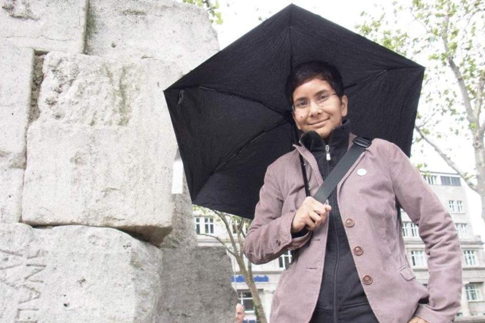 Ob Regen oder Sonne: Molekularbiologin Dr. Jasmin Barman-Aksözen geht nicht ohne Schirm aus dem Haus.