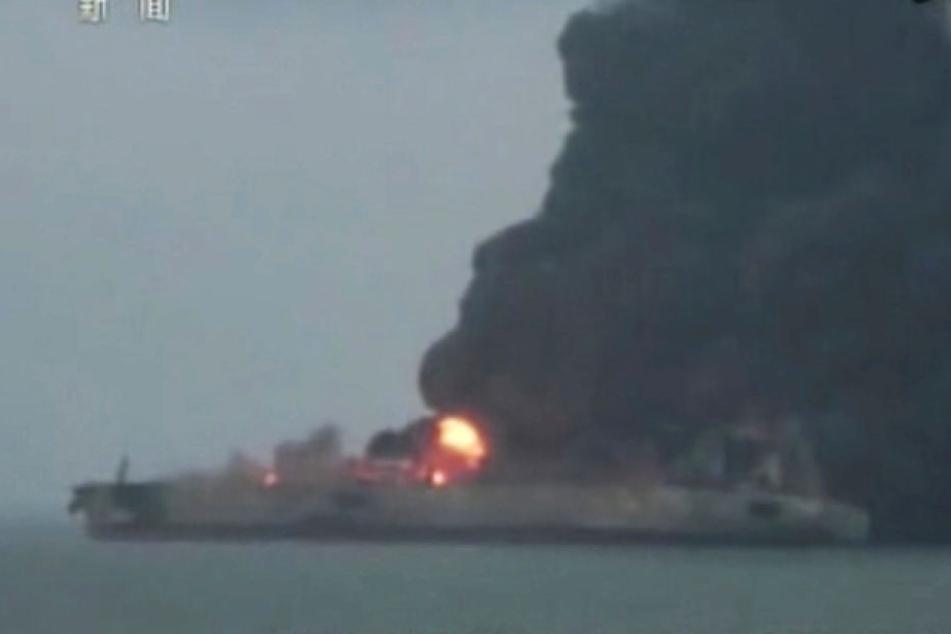 Die Lage spitzt sich immer weiter zu. Der Öltanker steht wohl kurz vor der Explosion.
