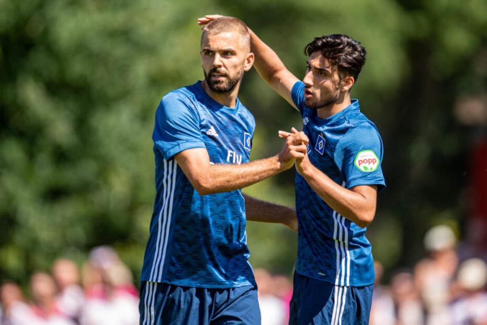 Berkay Özcan (rechts) wechselte erst kurz vor Ende der Transferfrist in die Türkei