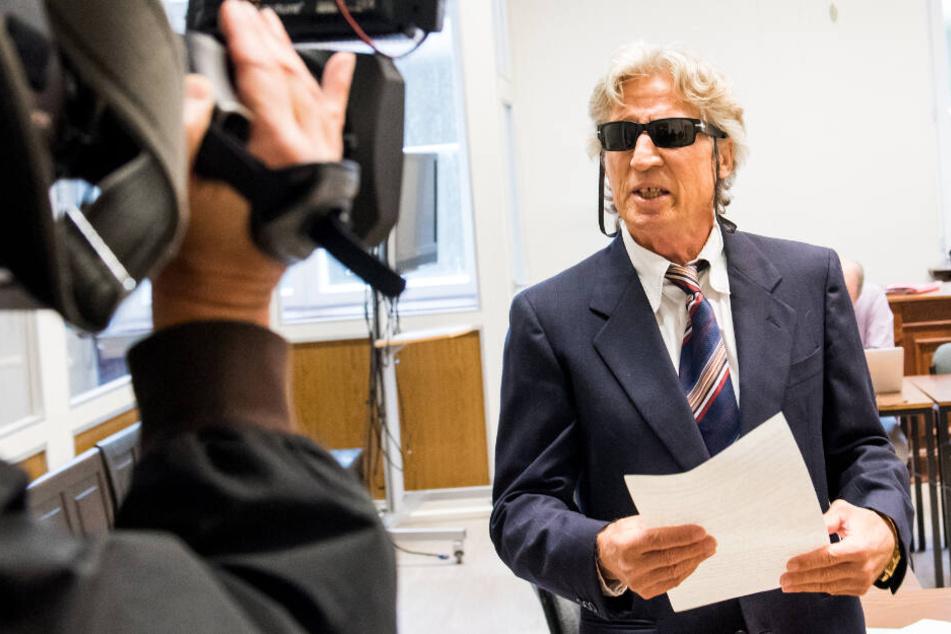 Bereitwillig ließ sich Jauernik vor dem Prozess filmen und fotografieren, stimmte der Nennung seines vollen Namens zu. (Archivbild)