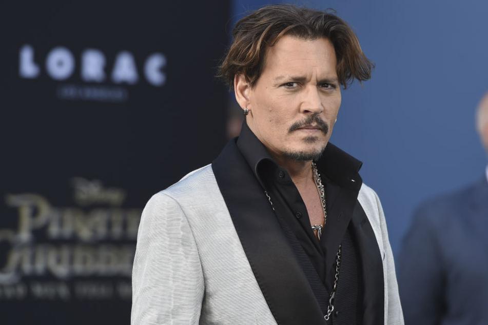 Schockfoto! Fans in Sorge um Filmstar Johnny Depp