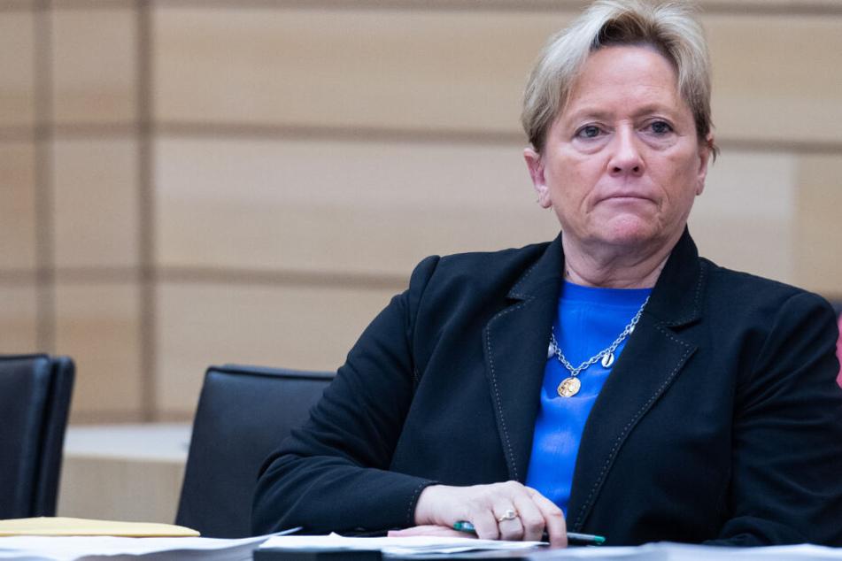 Kultusministerin Eisenmann sieht türkische Schulen in Deutschland kritisch
