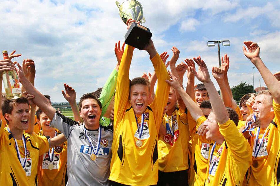 Mit Dynamo feierte Marcel Franke  schöne Erfolge. Im Juni 2010 bejubelte er die NOFV-Meisterschaft und den  Aufstieg in die B-Junioren-Bundesliga.