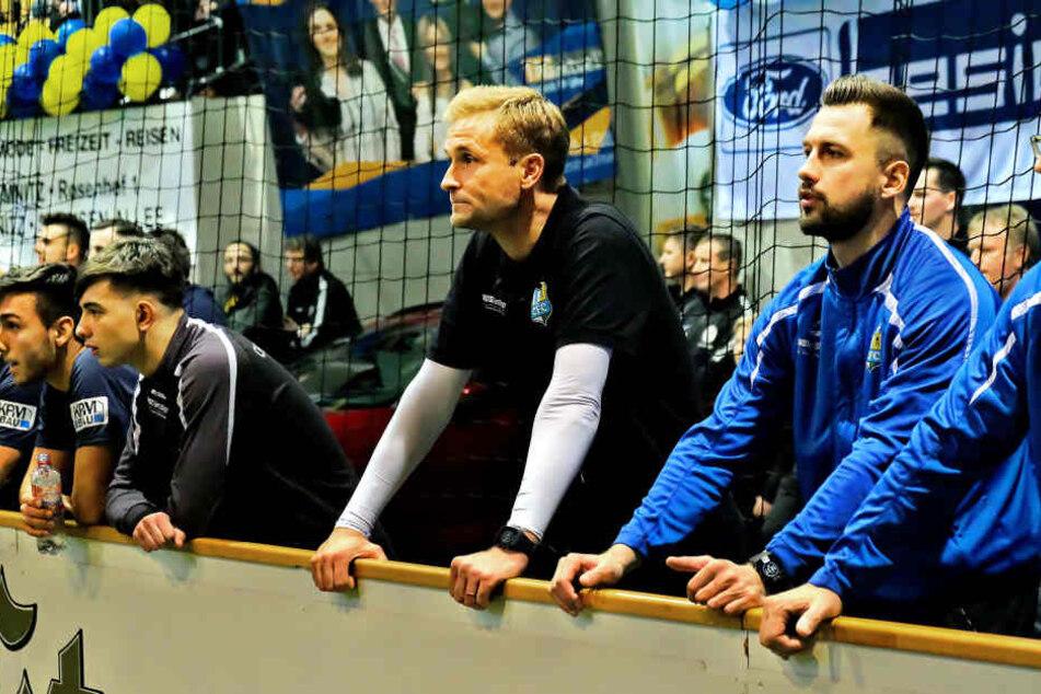 CFC-Coach David Bergner (M.) war mit dem Auftritt seiner Truppe nicht unzufrieden.