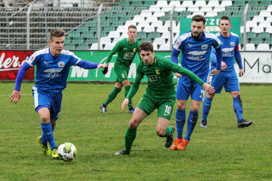 Daniel Heinze schoss am Ende den Vogel ab und traf gleich doppelt für die BSG Chemie Leipzig.