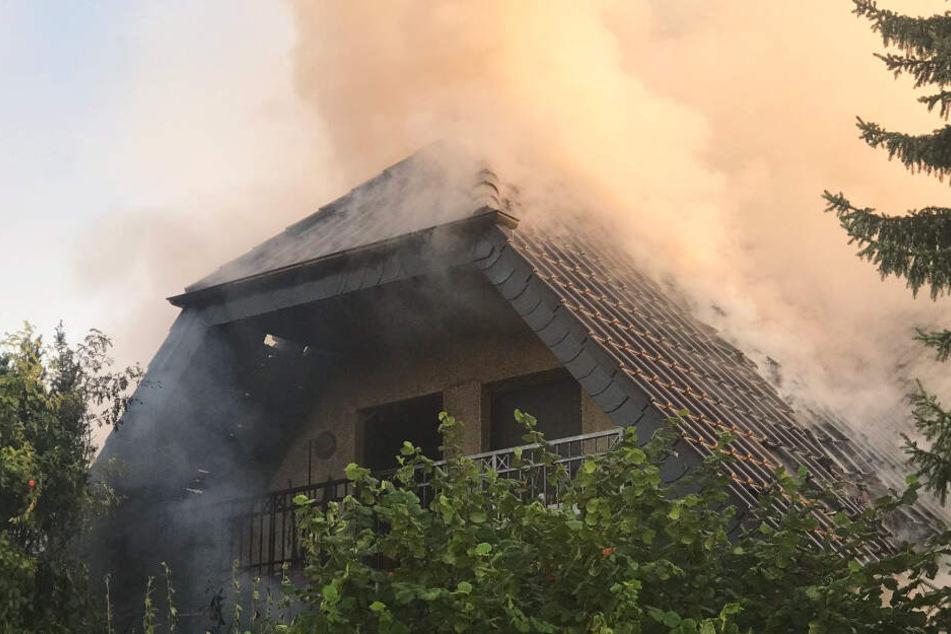 Nach Feuer in Gießen: Zwei Leichen in Einfamilienhaus entdeckt