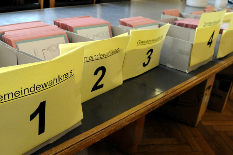 Die Wahlunterlagen liegen im Kieler Rathaus bereit.