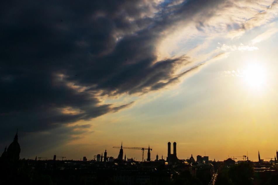 Das Wetter in München und dem restlichen Freistaat zeigt sich am Wochenende von zwei Seiten.