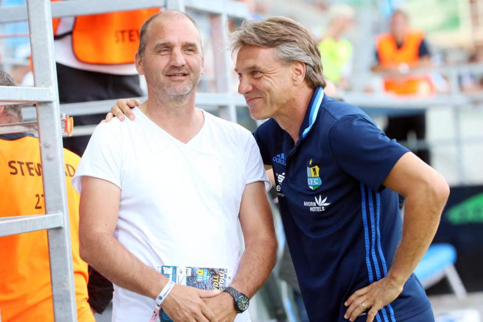 Wollen es noch einige Zeit miteinander aushalten: CFC-Trainer Horst Steffen (r.) und Sportdirektor Steffen Ziffert.