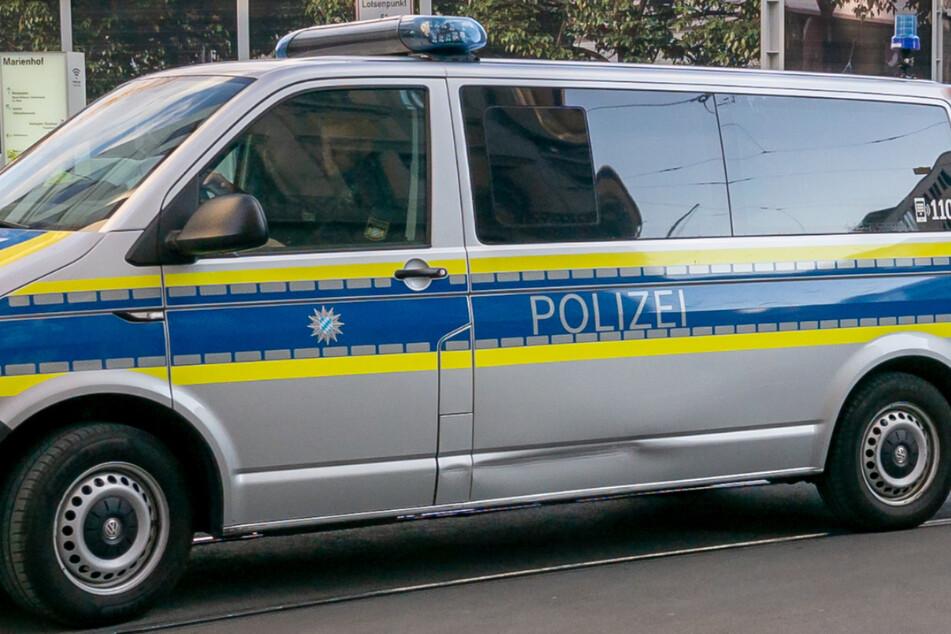 Die Polizei nahm den jungen Mann und seine Beifahrer nach der Aktion fest. (Symbolbild)