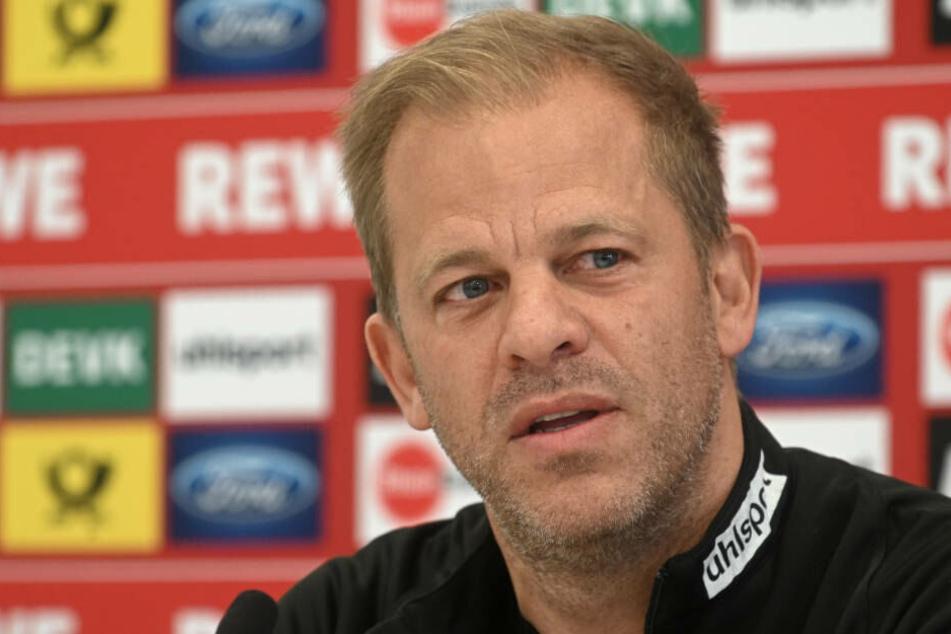 Auf der Pressekonferenz am Freitag gab FC-Trainer Markus Anfang auch Auskunft über den Gesundheitszustand seines Vaters.
