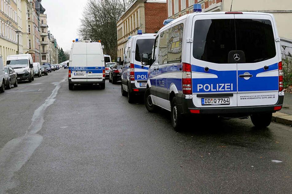Wohnungen durchsucht: Razzia auf dem Sonnenberg