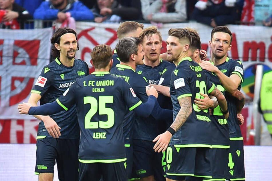 Der 1. FC Union Berlin darf am zwölften Bundesliga-Spieltag den Tabellenführer aus Gladbach begrüßen.
