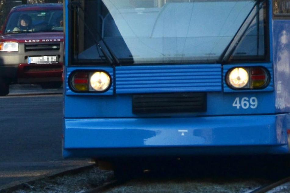 In Kassel erfasste eine Straßenbahn einen Jugendlichen (Archivbild).