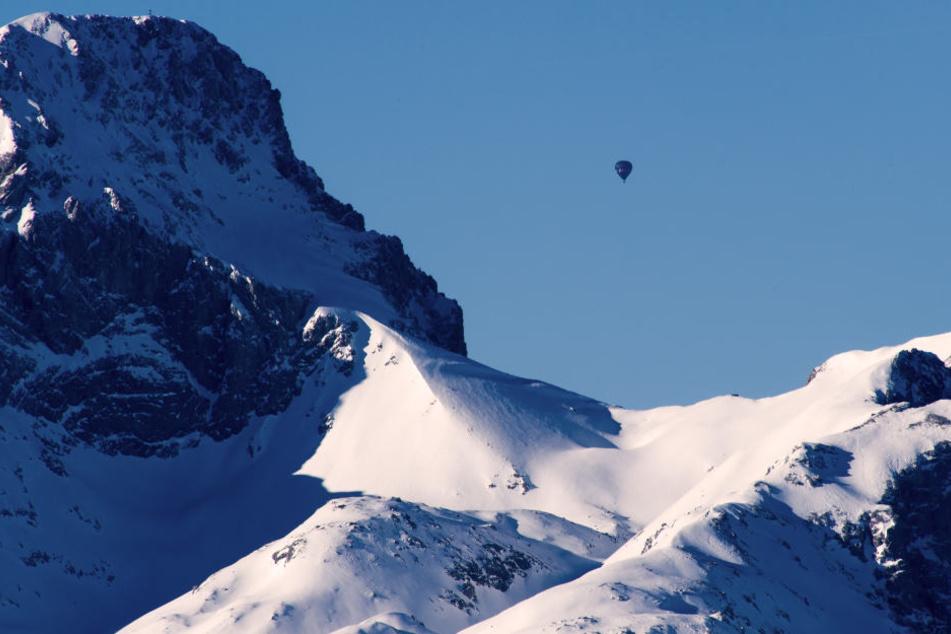 Am Watzmann ist ein 70-jähriger Bergsteiger 200 Meter in die Tiefe gestürzt (Symbolbild).