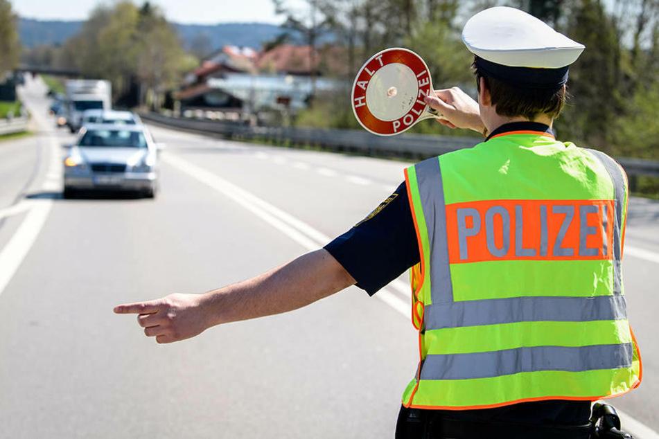 Die Bundespolizei kontrollierte den Mann auf einem Parkplatz in Weischlitz. (Symbolbild)
