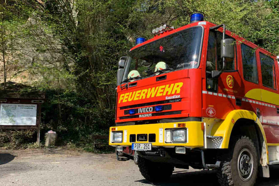 Mitarbeiter vom Rettungsdienst DRK Pirna waren zuerst vor Ort.