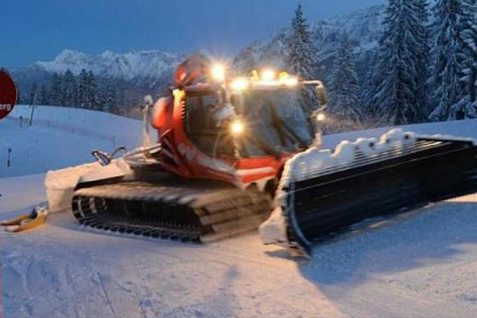 Skifahrer von Pistenraupe überrollt und getötet