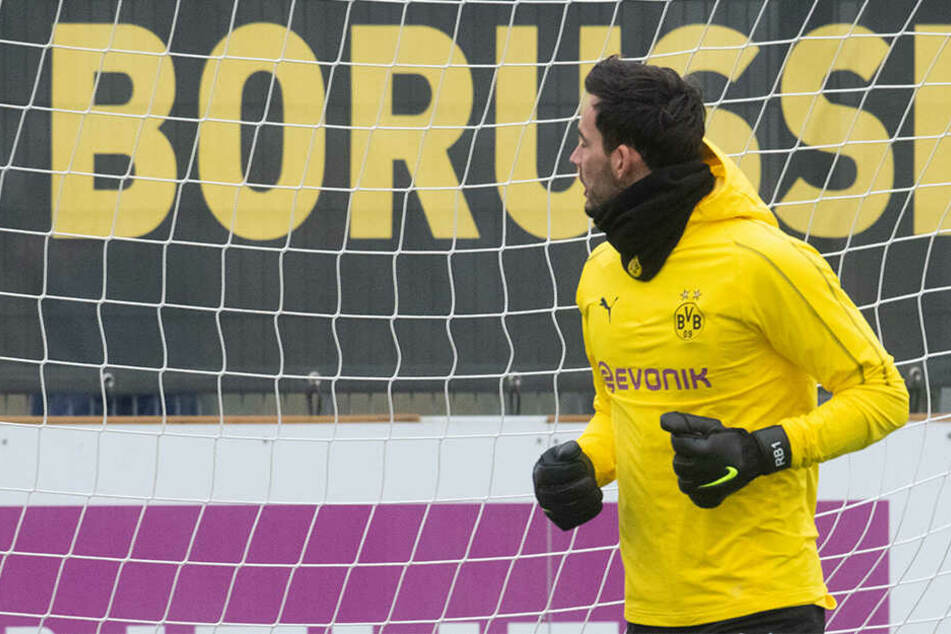 Roman Bürki, die etatmäßiger Dortmunder Nummer 1 kann nicht spielen.