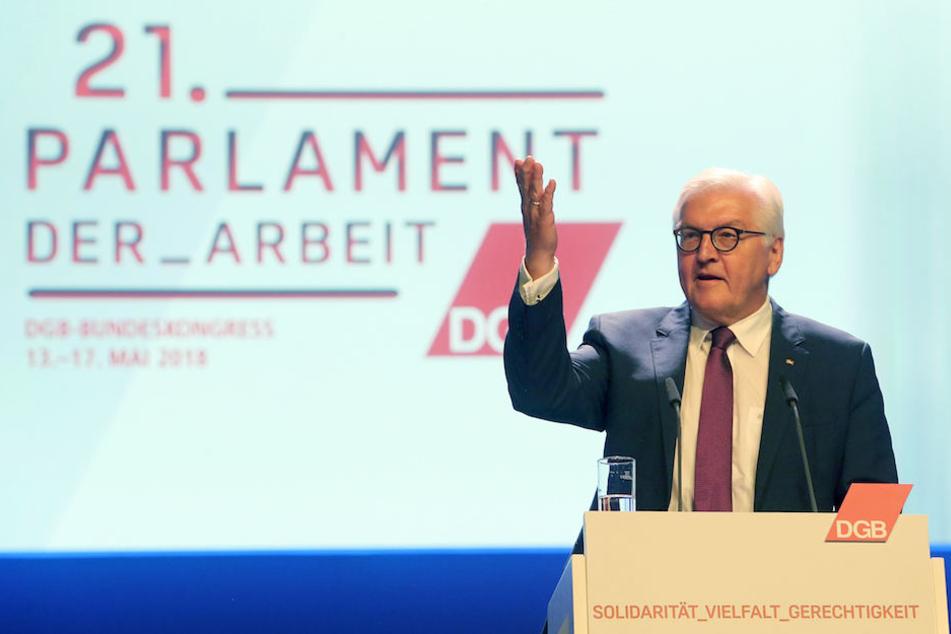Bundespräsident Frank-Walter Steinmeier (62) am Sonntag beim DGB-Bundeskongress.