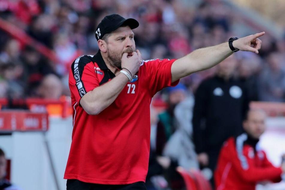 SCP-Coach Steffen Baumgart setzt große Hoffnungen in seine Jungs.