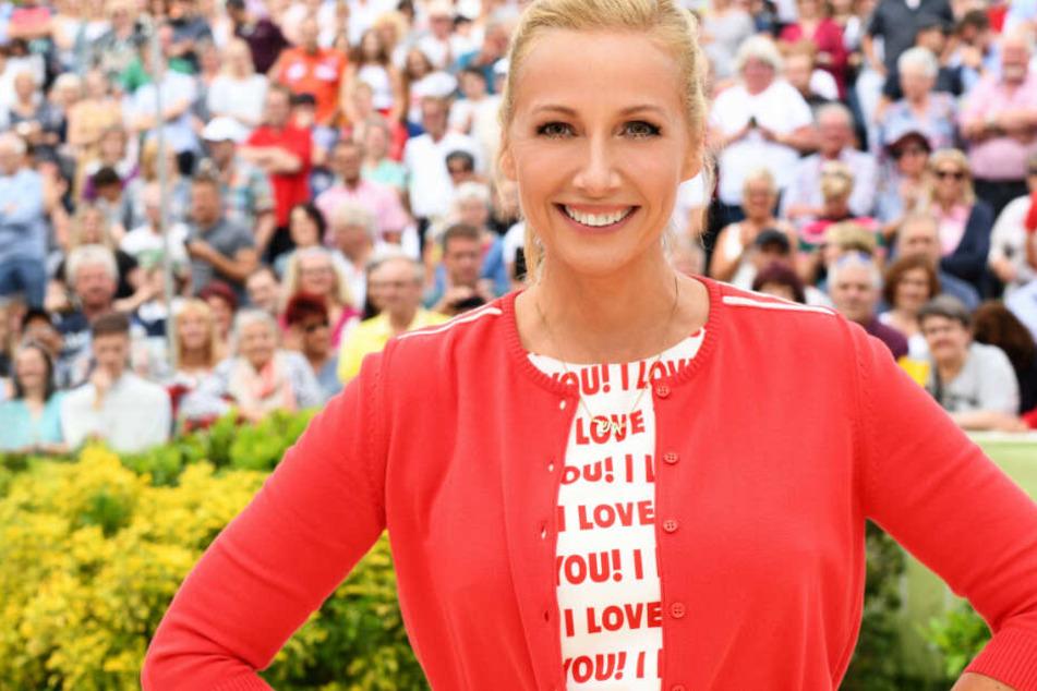 Andrea Kiewel (Archivbild) moderiert den ZDF-Fernsehgarten.