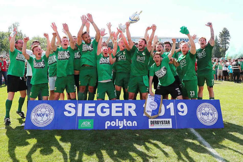 Chemie Leipzig stieg nach einem Jahr als Oberliga-Meister wieder in die Regionalliga auf.