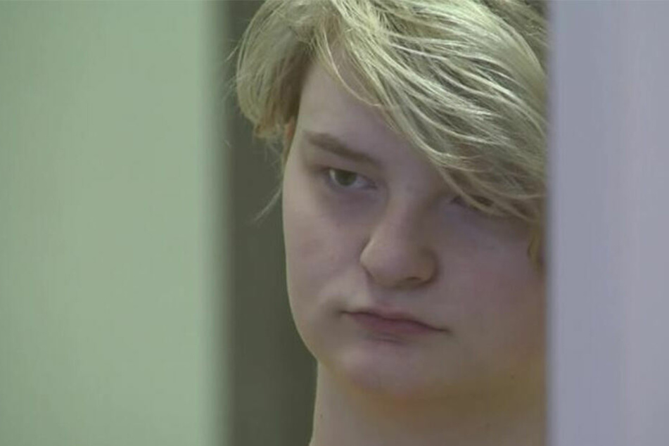 Denali Brehmer ermordete ihre beste Freundin, weil ein unbekannter Mann ihr dafür neun Millionen Dollar anbot.