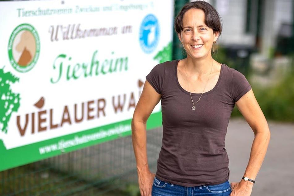 Tierheim-Chefin Dr. Claudia Ruf (46) wünscht sich für Sissy ein neues Zuhause.