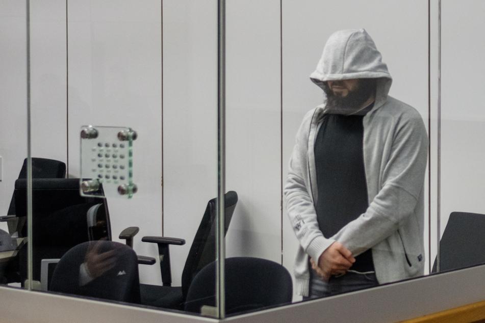 Terror-Prozess: Hassprediger Abu Walaa zu langer Haftstrafe verurteilt