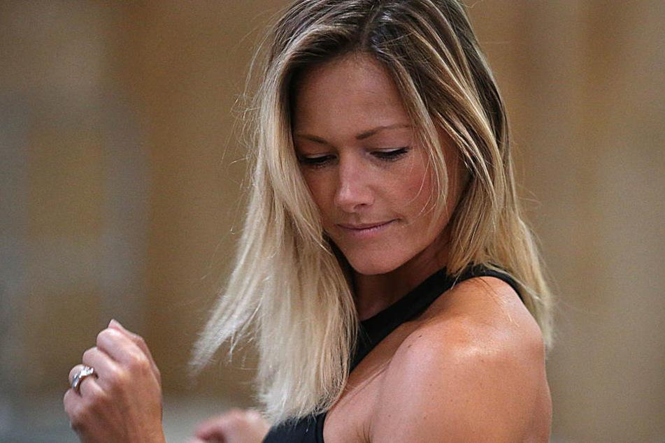 Helene Fischer plagt sich derzeit mit Muskelkater herum.