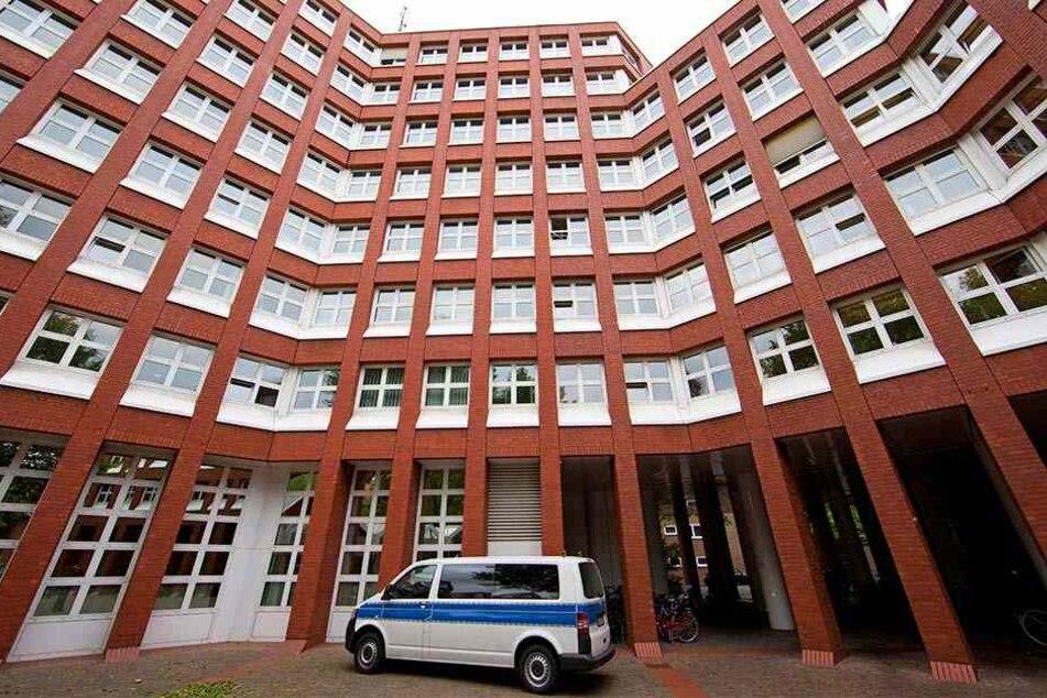 Die Verhandlung findet im Schwurgericht in Münster statt.