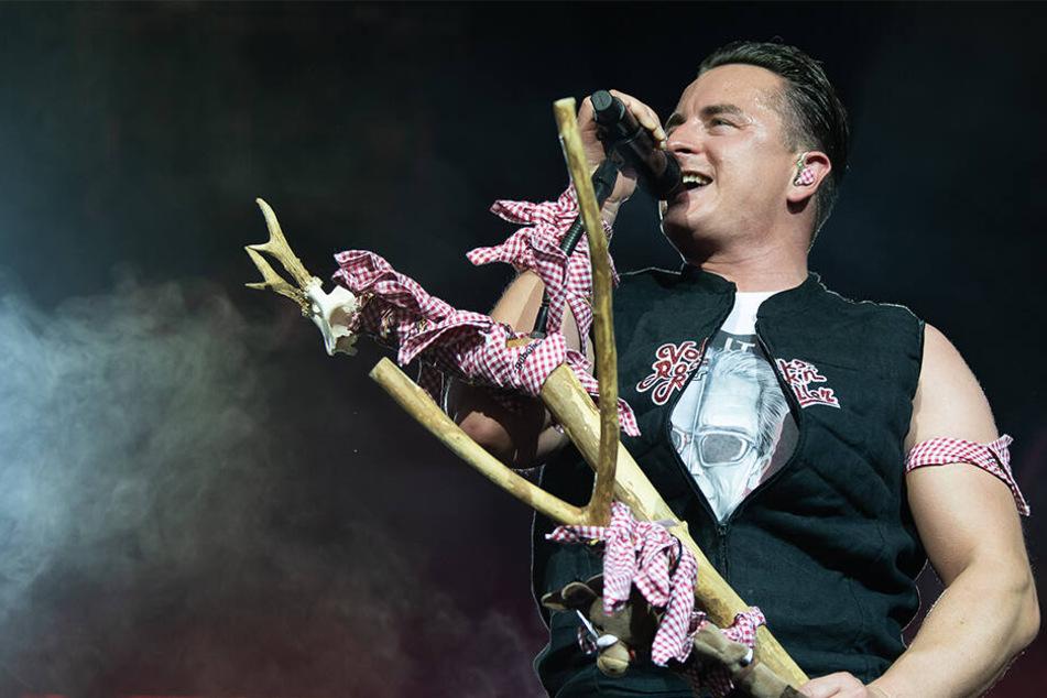 Der Volks-Rock'n'Roller will am Samstag wieder auf der Bühne stehen.