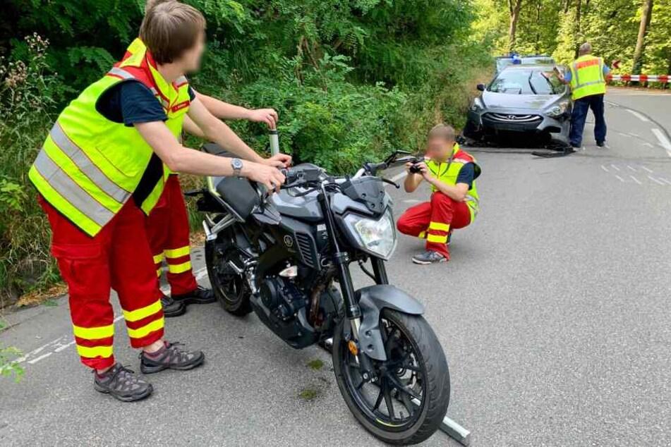 Teenager bei Unfall mit Motorrad schwer verletzt