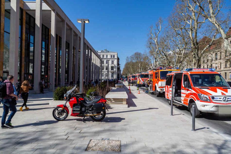 Nur einen Tag nach der Eröffnung, musste die Feuerwehr wegen eines Wasserschadens im Rhein-Main Congress Center anrücken.