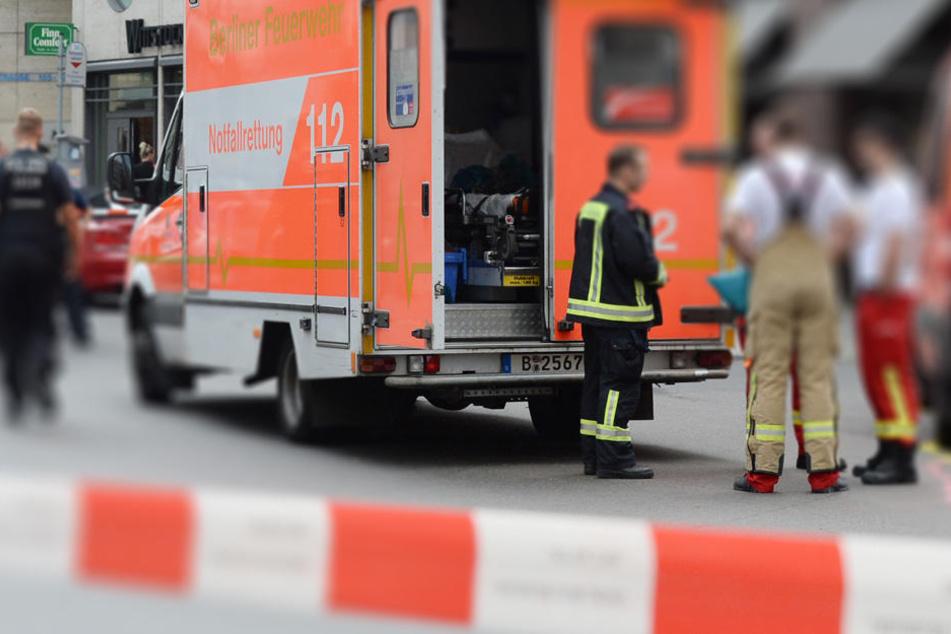 Rausch-Fahrer verletzt Mutter und Kind schwer: Not-OP!