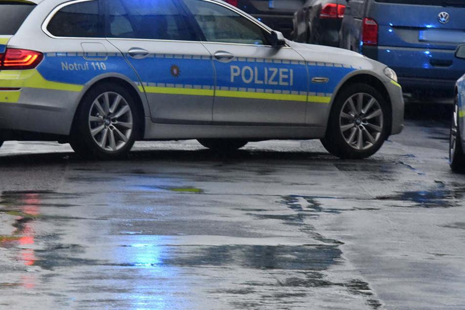 """Die Beamten rasten zum """"Tatort"""". Doch dort mussten sie nur schmunzeln. (Symbolbild)"""