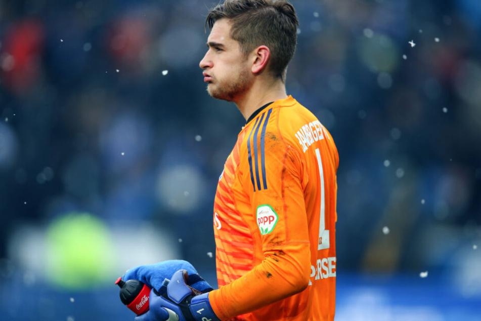 HSV-Keeper Julian Pollersbeck plant seinen Verbleib in Hamburg.