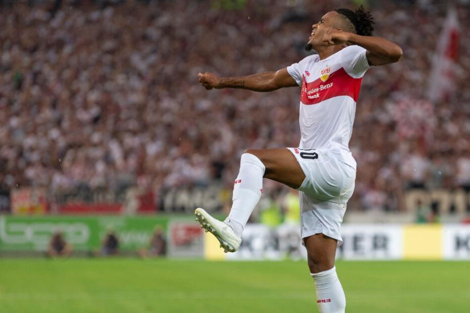 Daniel Didavi bejubelt seinen Treffer zum 2:0 gegen Hannover 96 am 1. Spieltag.