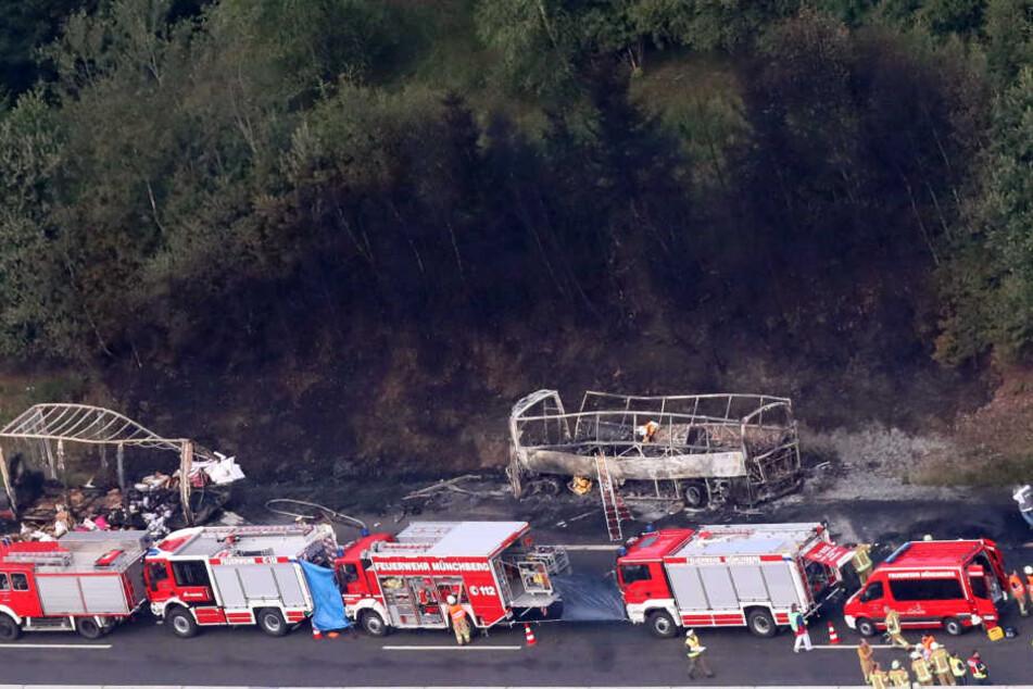 Insgesamt 22 Einsatzwagen waren im Einsatz.