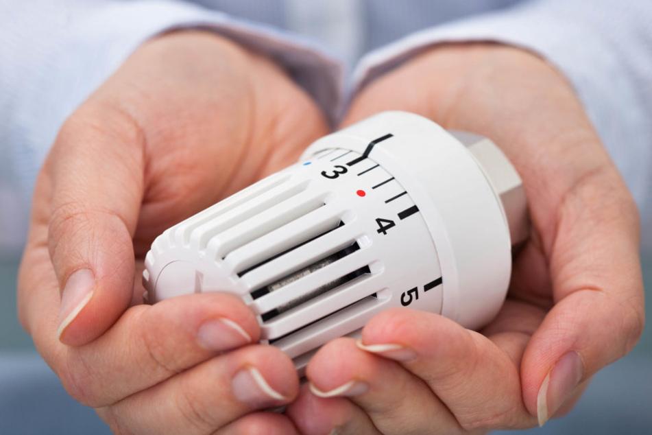 Neue Thermostatventile können Heizkosten sparen.