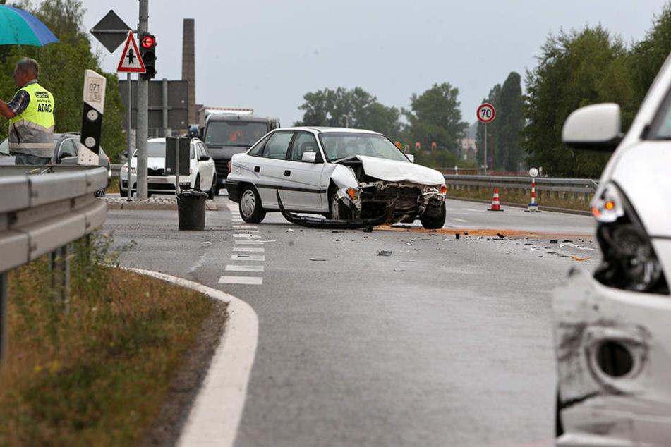 An beiden Fahrzeugen entstand ein Gesamtschaden von rund 8000 Euro.