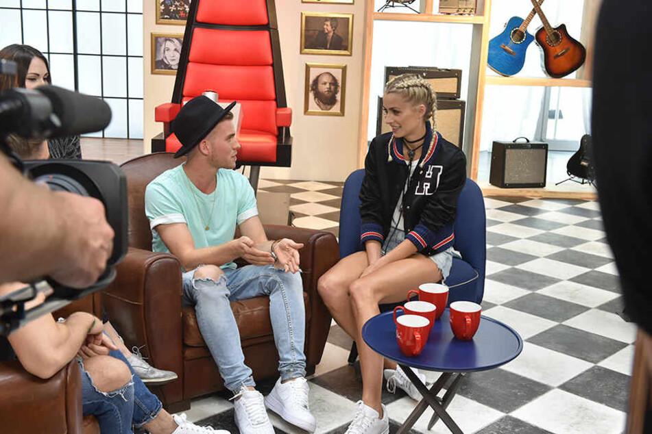 Patrick im Gespräch mit Moderatorin und Model Lena Gercke.